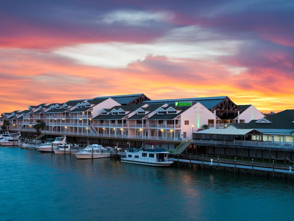 Cities Near Honolulu Where Youre Most Likely To Find A Job Movoto - Us zip code honolulu