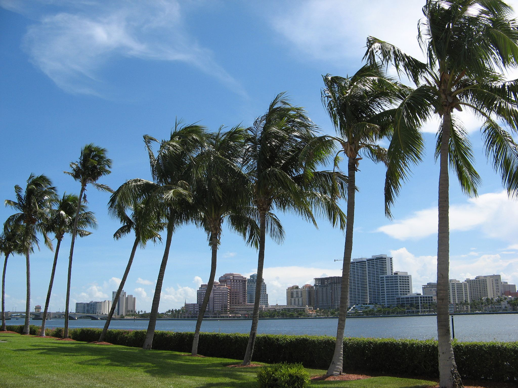 West Palm Beach is home to rich culture, immediate work access and learning opportunities. Young professionals have a lot to look for, but West Palm Beach neighborhoods answer.