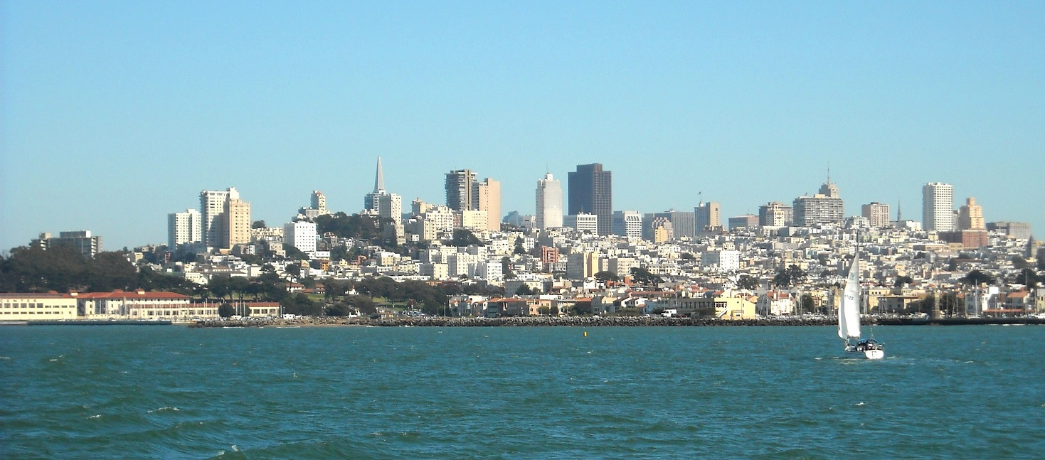 San Francisco's Marina District has more to offer than gorgeous views. It's great for young professionals and offers an affluent vibe. Check it out!
