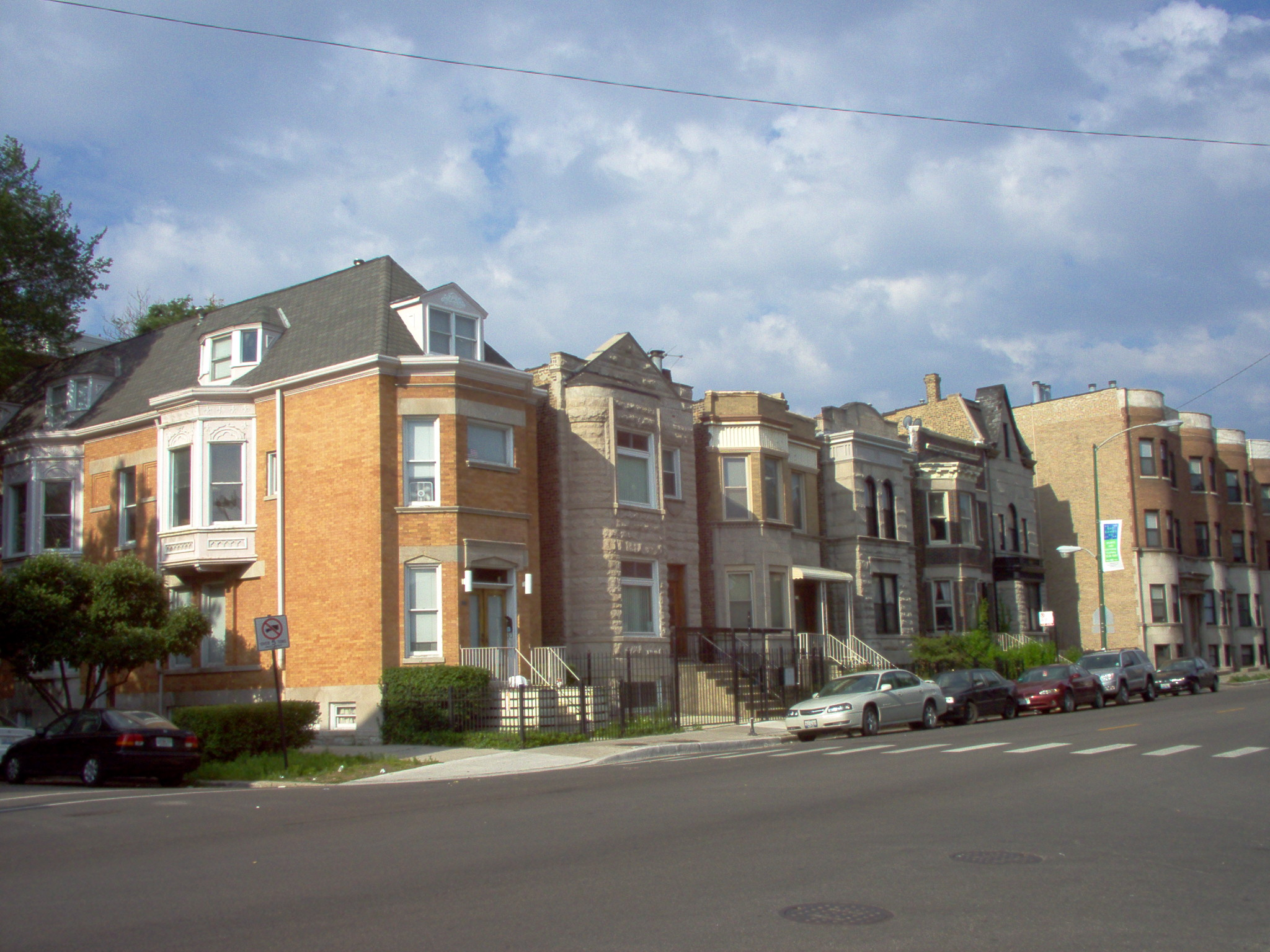 Chicago neighborhood guide movoto for House for sale at chicago