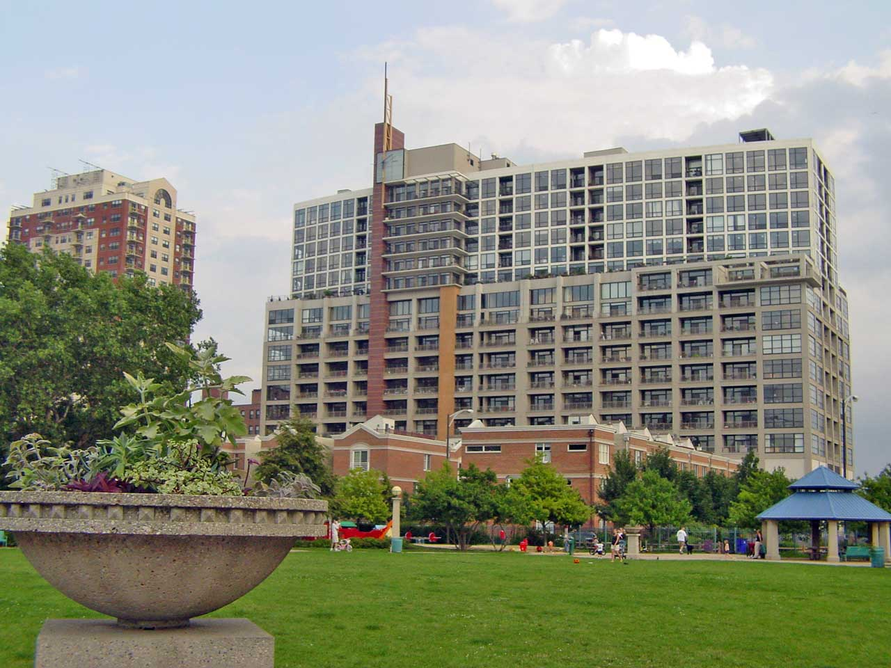 Condos for sale in chicago real estate trends in old town for House for sale at chicago