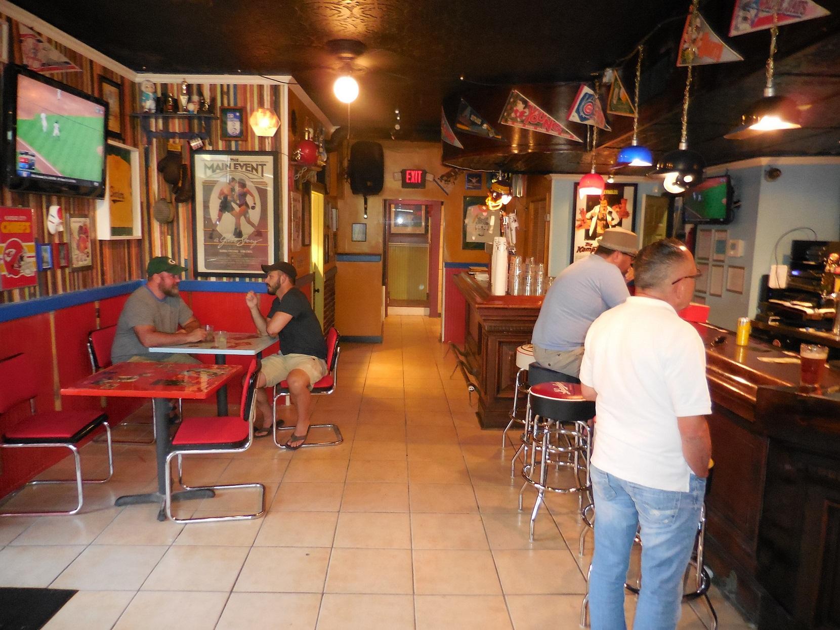 16 Best Bars in Kansas City 2016
