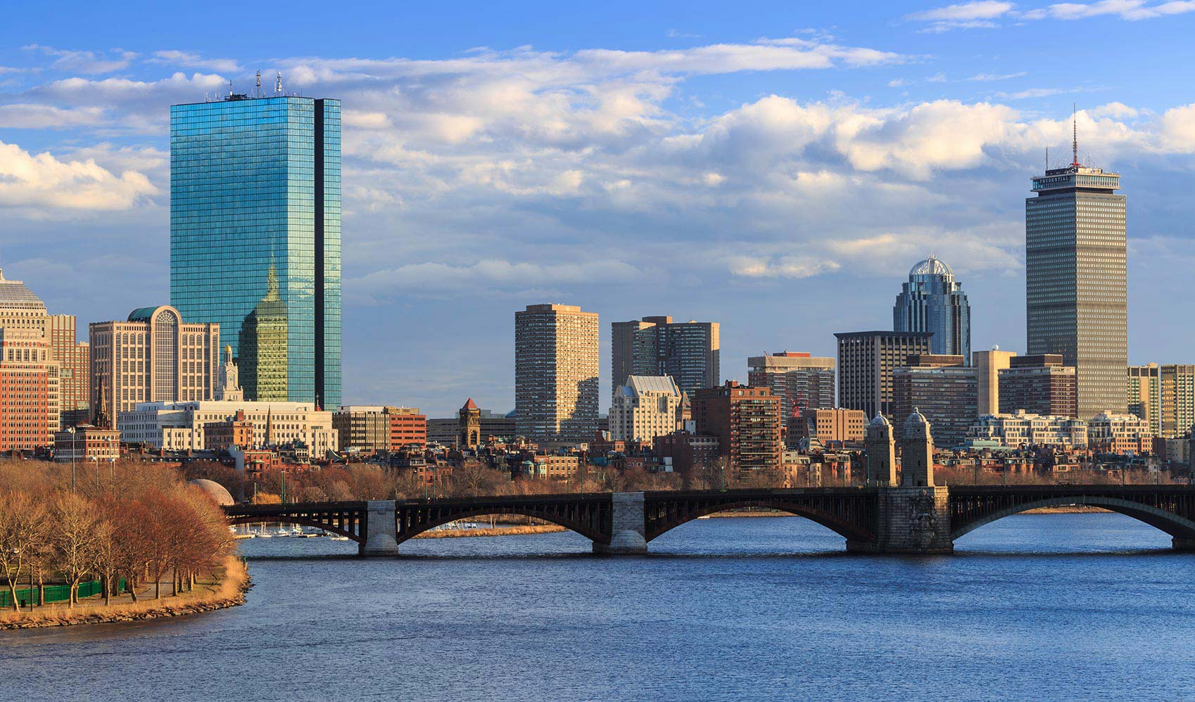 For the newly single, Boston is a city that distracts, comforts, and makes living easy again. Make one of these neighborhoods your new home.