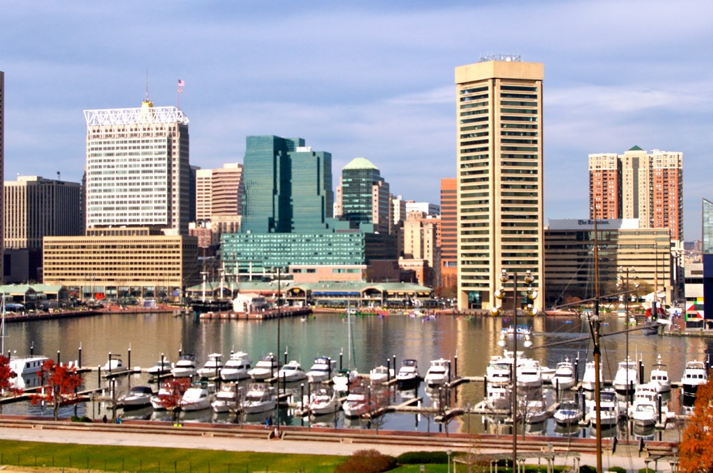 Newly divorced and looking for somewhere new to call home? Check out these 7 lively, single-friendly Baltimore neighborhoods.