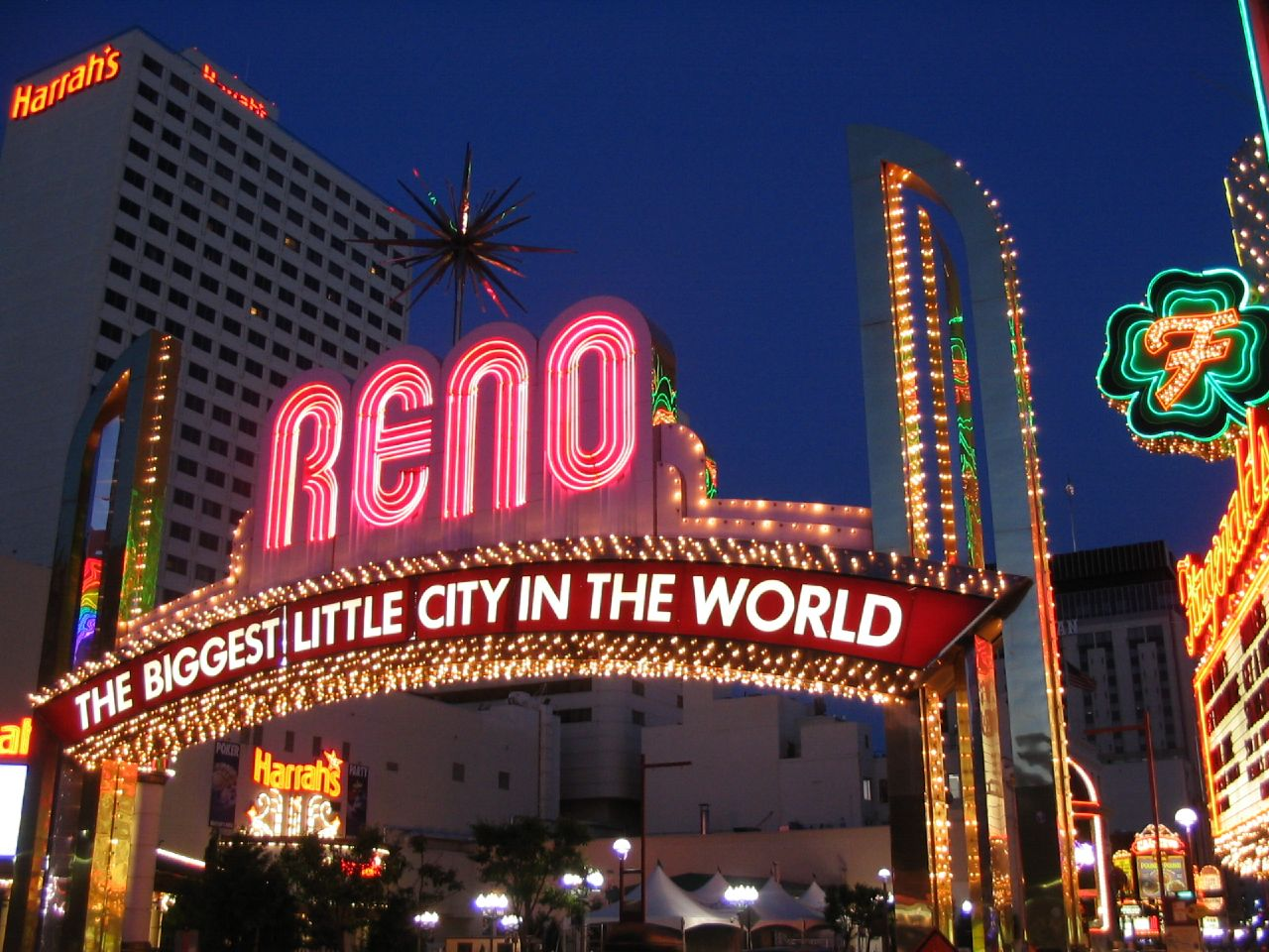 Nevada is more than a collection of hotels and casinos, so discover the best cities in Nevada for those who love to explore their artistic appreciation and creativity.