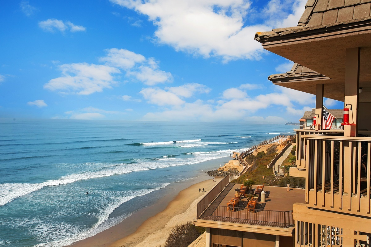 Want to live in a beautiful beach town that cares about the finer things? Check out Solana Beach CA for its quality of life!