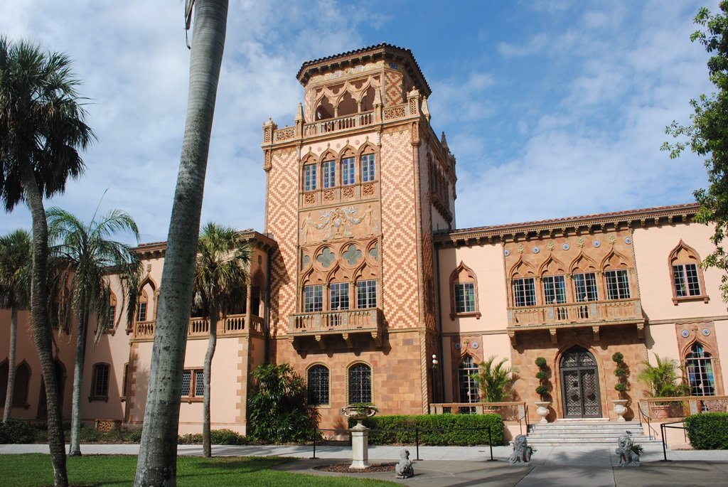 Sarasota has much to offer those considering relocating to the Sunshine State.