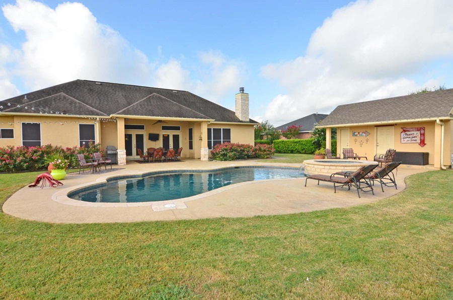homes for sale in smithville tx is 2016 a good time to