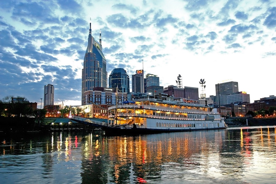 Day Trips From Nashville: 9 Places so Great You Might Just Move There