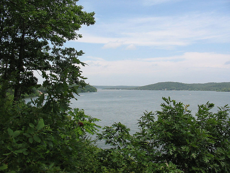 Best Lakes in Oklahoma: Where Should You Buy Your Vacation Home?