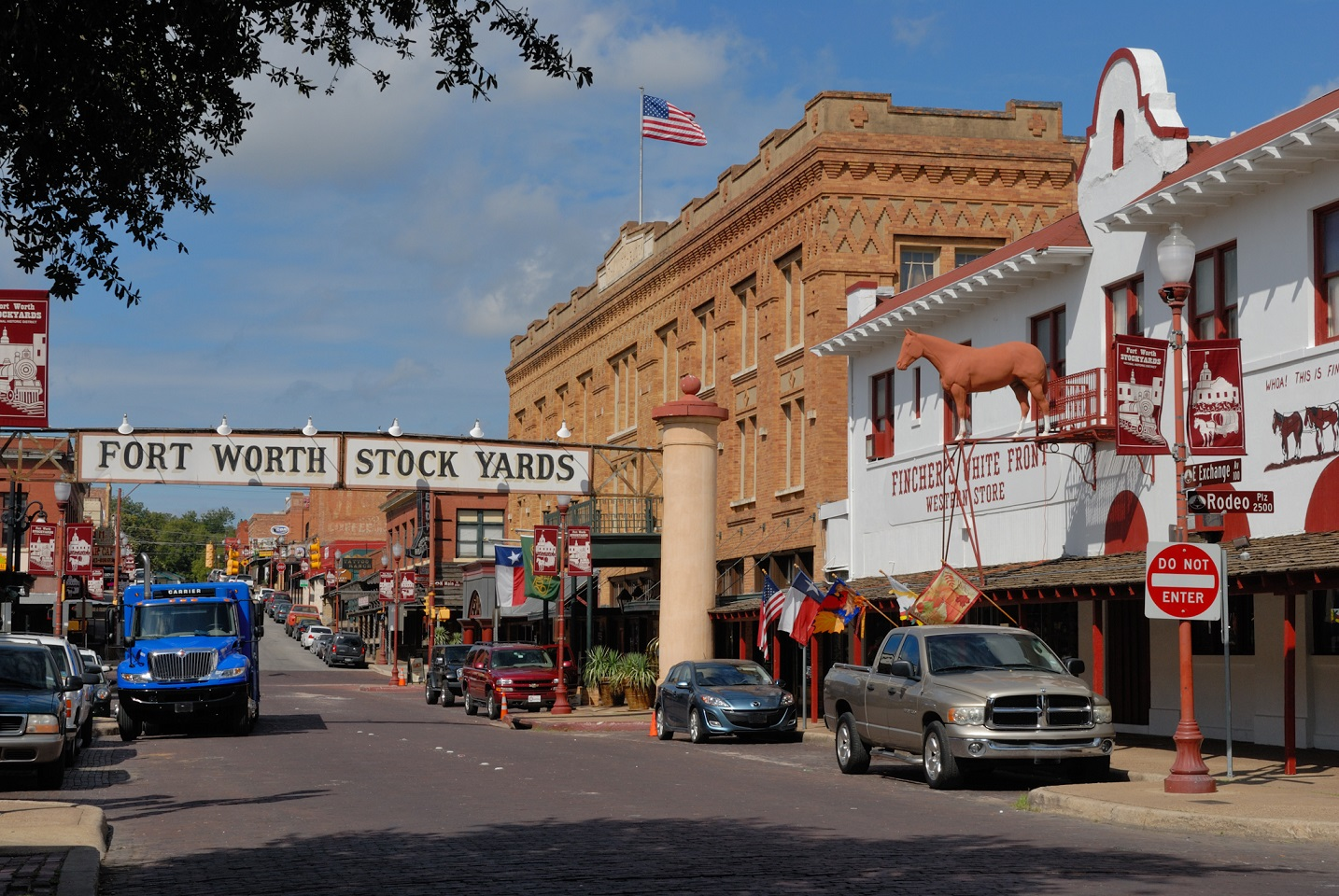 Hurst Real Estate: Fort Worth Suburb Guide