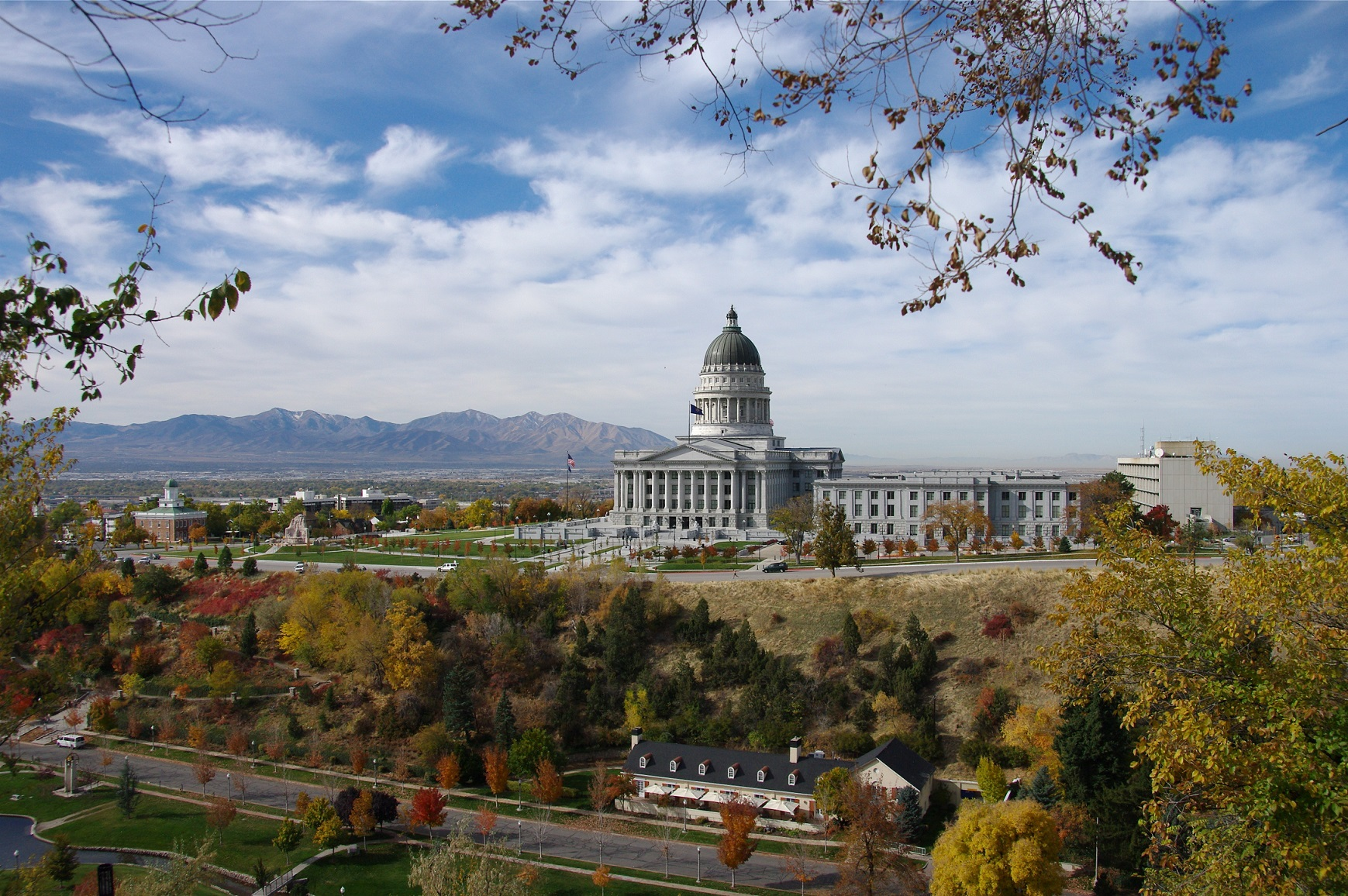Best areas to live in salt lake city 4 up and coming for How much does it cost to build a lake