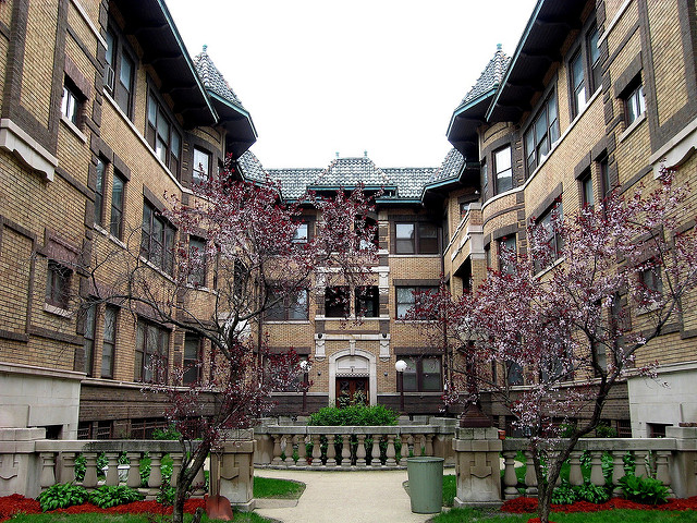 Hyde park chicago combining intellect and culture movoto for House for sale at chicago