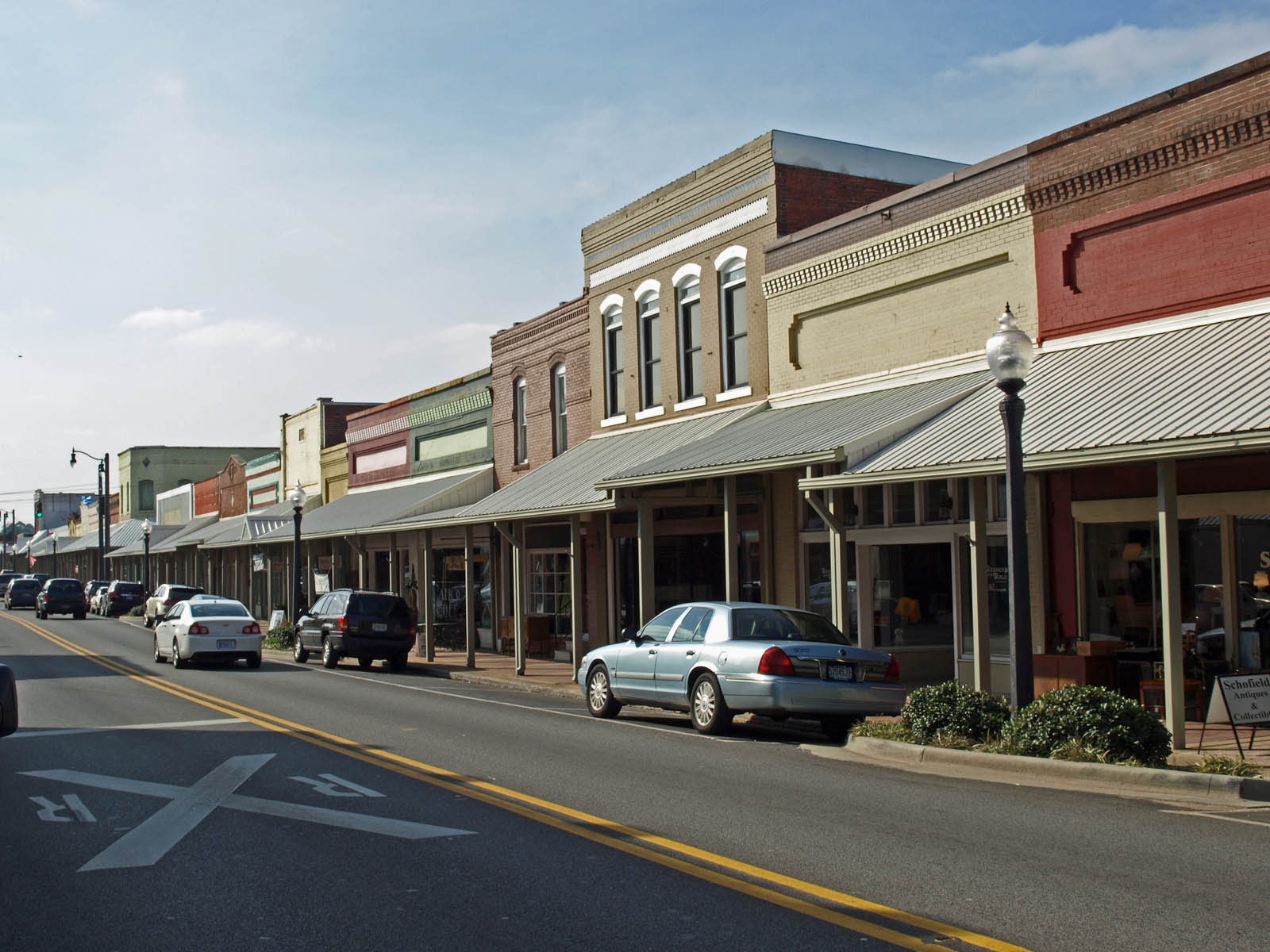 5 Small Towns in Alabama to Put Down Roots In