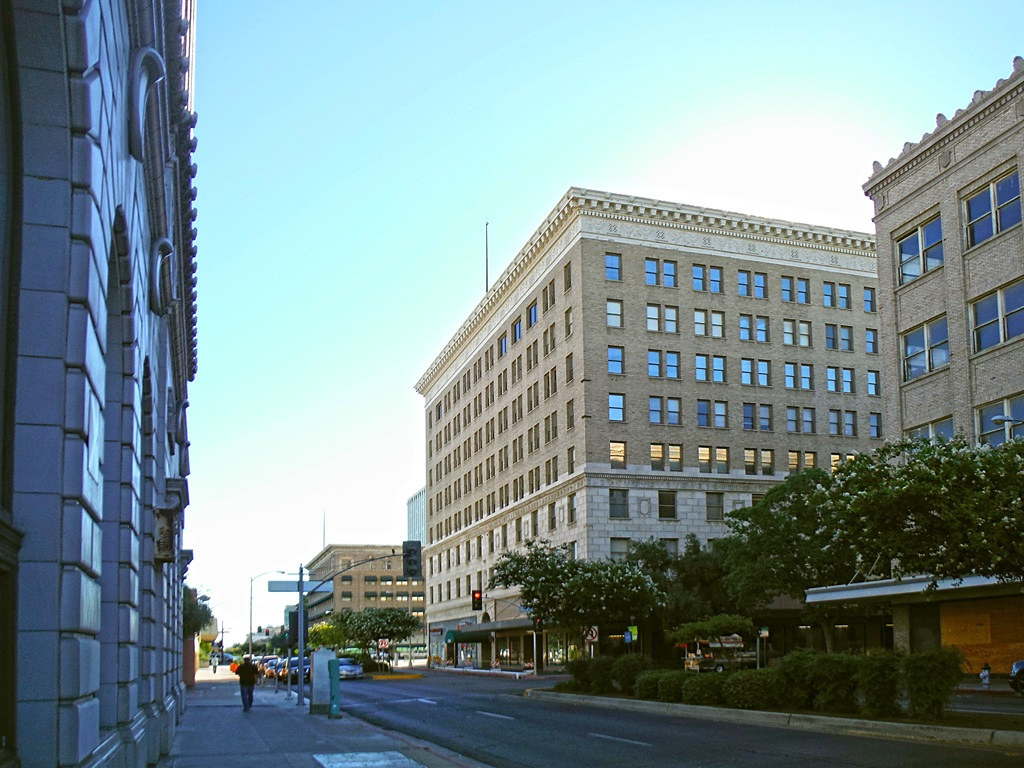 7 best places to live in fresno ca for top healthcare movoto for Best places to live in california