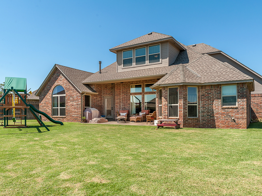 Home builders in okc avie home for Oklahoma home designers