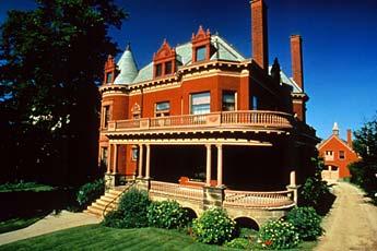 3 Best Neighborhoods in Grand Rapids MI for Young Professionals