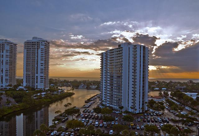 Aventura Real Estate: Miami Suburb Guide